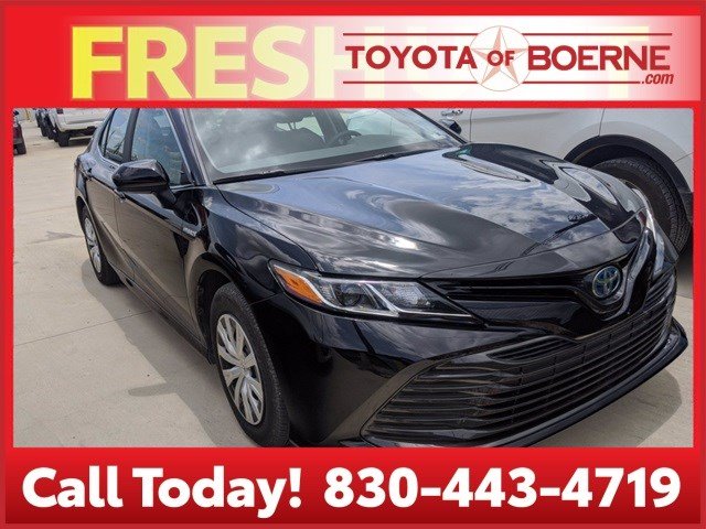 Certified Pre-Owned 2018 Toyota Camry Hybrid Hybrid LE