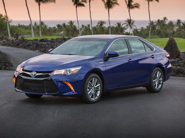 Certified Pre-Owned 2017 Toyota Camry Hybrid Hybrid XLE