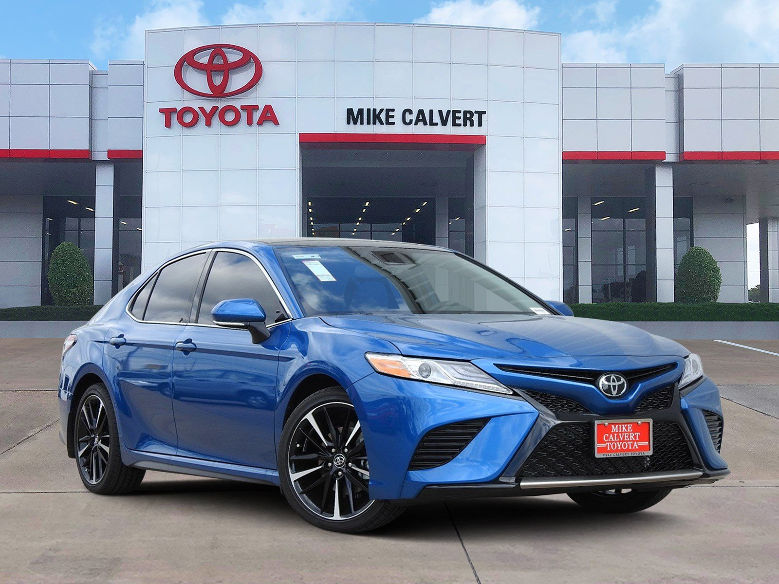 New 2020 Toyota Camry XSE